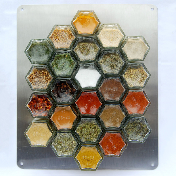 25 smart ways to store herbs and spices