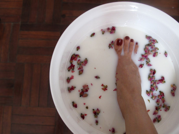Rose Milk Foot Soak